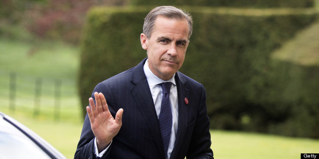 FILE PHOTO: Mark Carney, outgoing governor of the Bank of Canada, waves as he arrives to attend the Group of Seven (G-7) finance ministers and central bank governors meeting at Hartwell House in Aylesbury, U.K., on Friday, May 10, 2013. Carney's first six weeks as Bank of England governor will test his ability to turn activist rhetoric into policy reality as he seeks to accelerate the struggling U.K. economy to what he calls 'escape velocity.' Photographer: Simon Dawson/Bloomberg via Getty Image