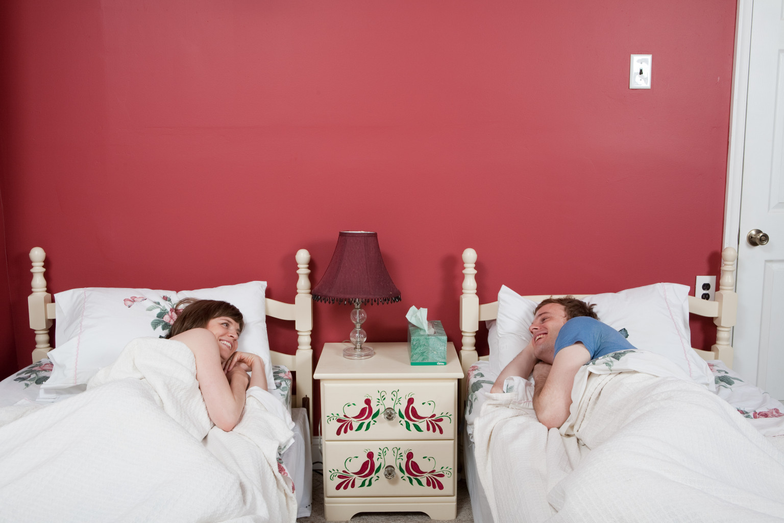 Sleeping in separate beds? Yes, thank you | BabyCenter Blog