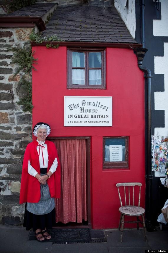 britains smallest house