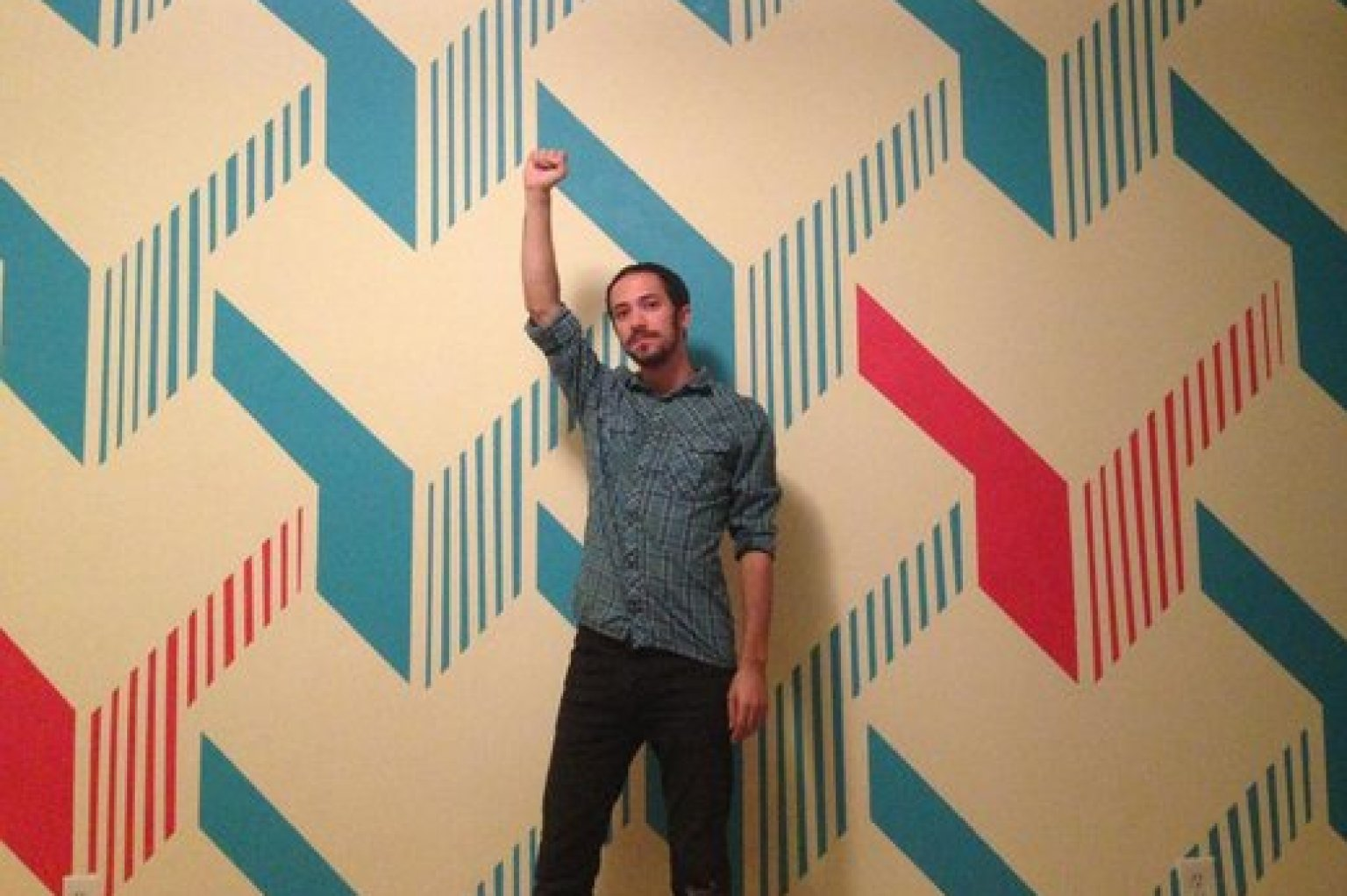 DIY Painted Wall Design Is Way Cooler Than Any Wallpaper Youu0027ll See  (PHOTOS) | HuffPost
