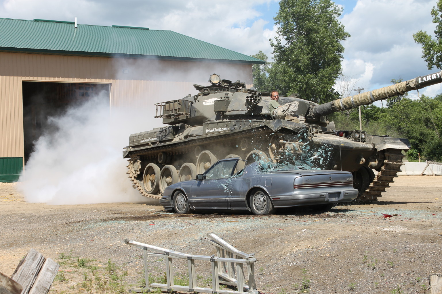 Drive A Tank >> Drive A Tank Experience Allows You To Drive A 60 Ton Car