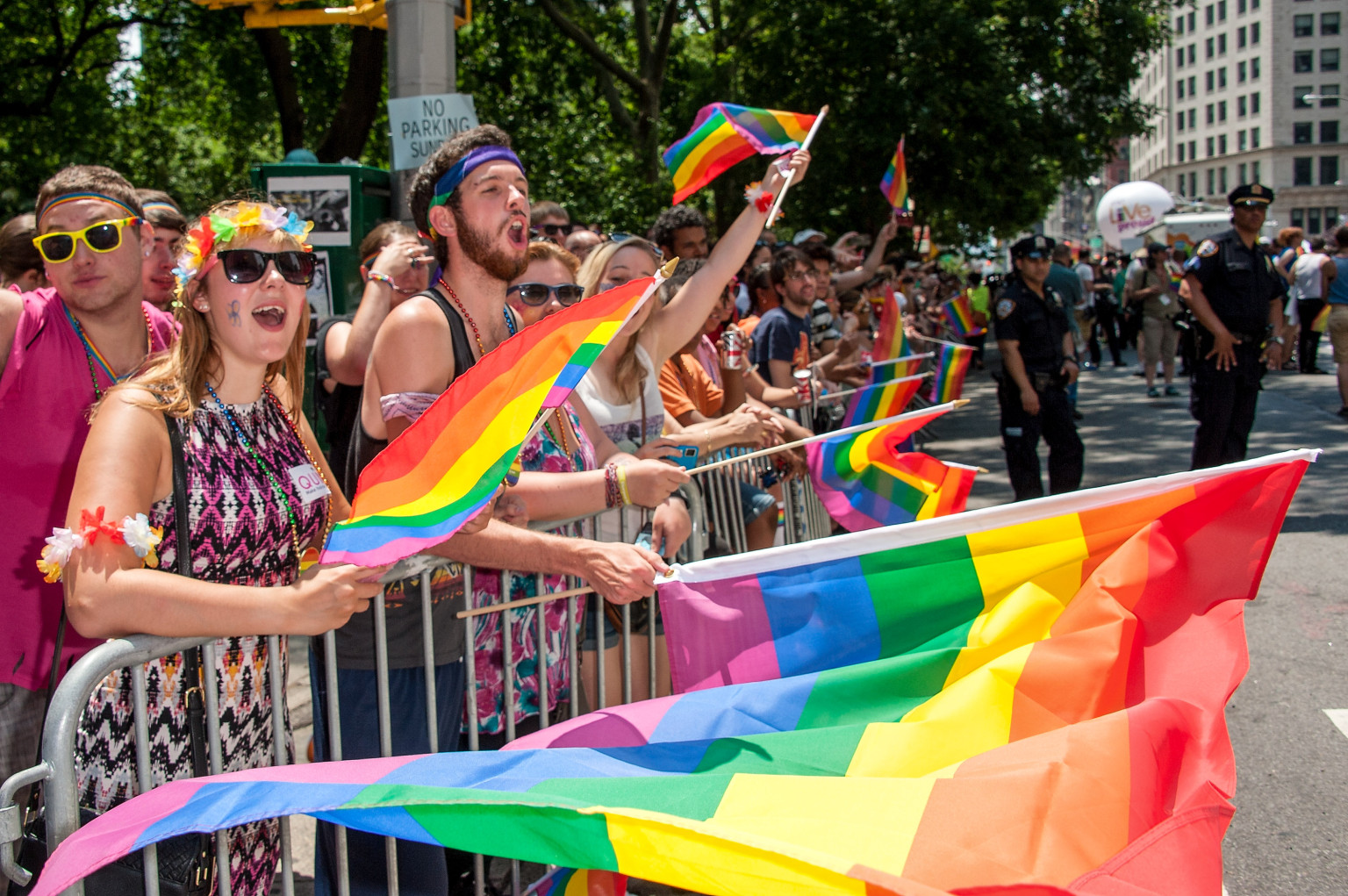 lgbt issues Lgbt issues the law on lgbt (lesbian, gay, bisexual, and transgender) issues in general has been developing rapidly on a federal level.