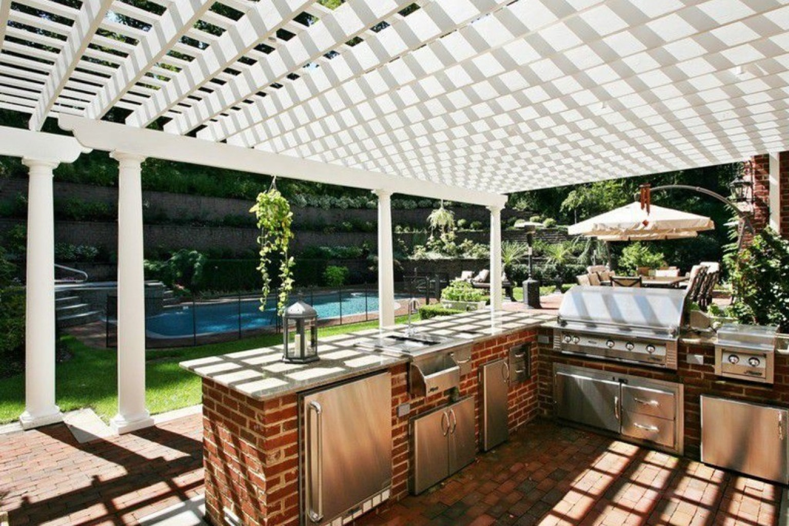 14 incredible outdoor kitchens that go way beyond grills for Backyard barbecues outdoor kitchen