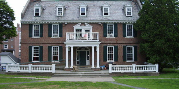 Dartmouth Fraternity, Sorority Host 'Bloods And Crips' Party ...
