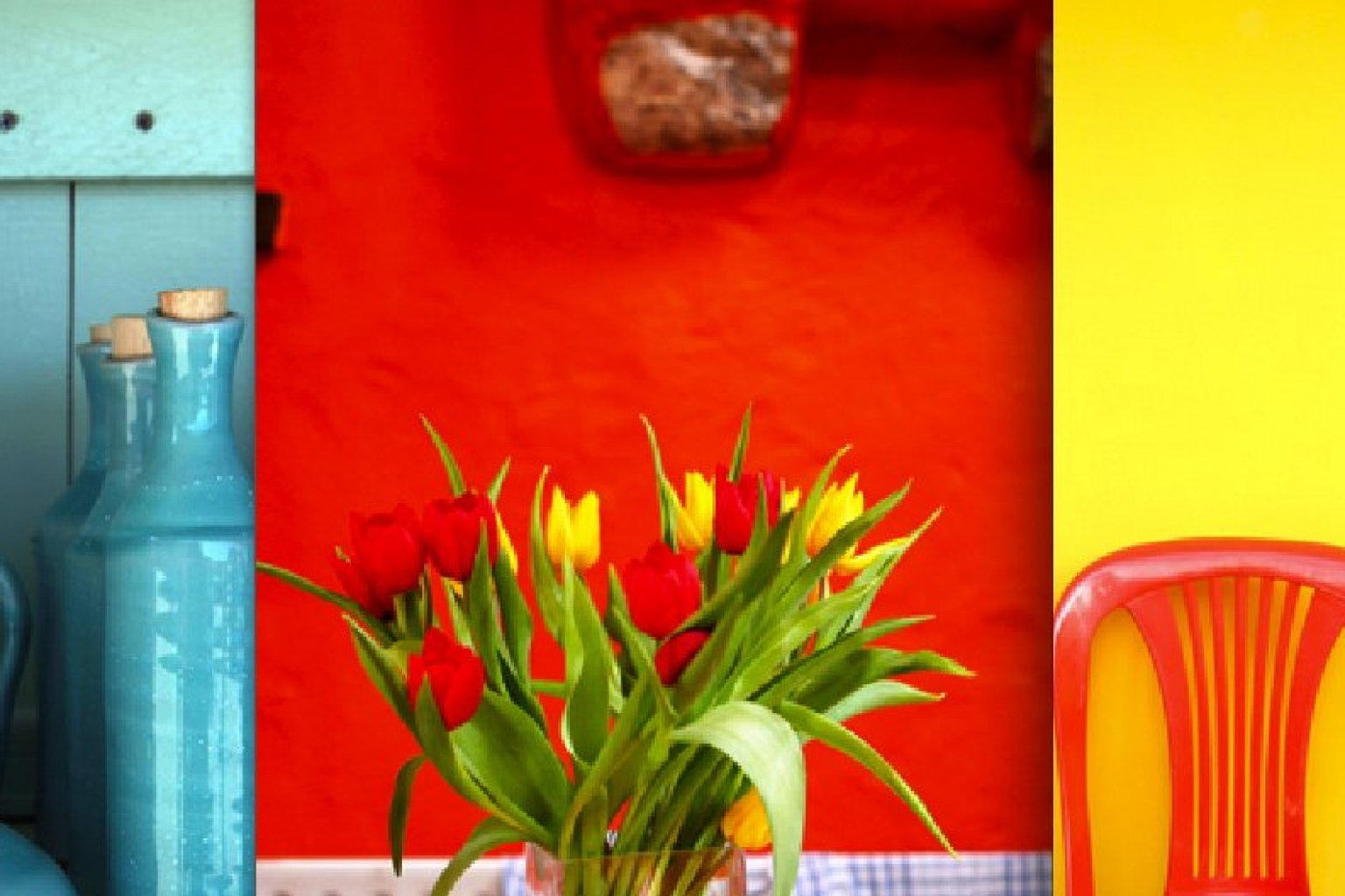 The Best Color For Energizing And Adding A Little Pep To A Space Is Red  (PHOTOS) | HuffPost