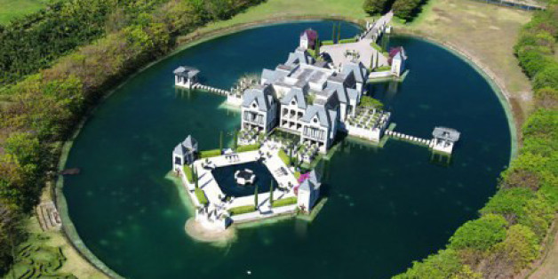 Miami Castle With A Moat On The Market For $10.9 Million (PHOTOS)
