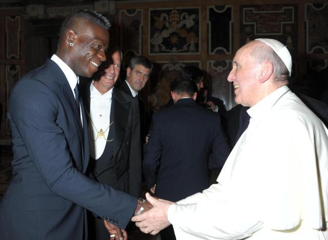 balotelli e papa francesco