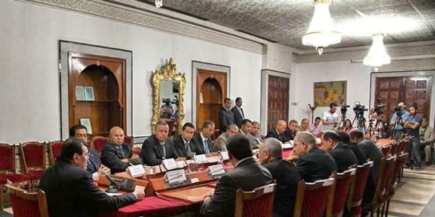 Réunion du Premier ministre avec les gouverneurs à la Kasbah, le 24 août 2013
