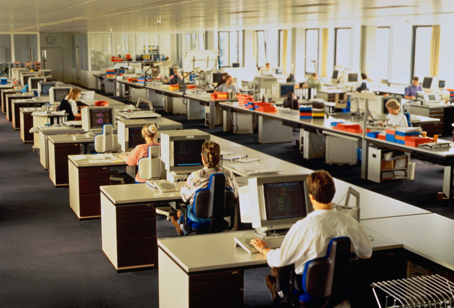 Open plan offices detrimental to worker productivity for Office space planning