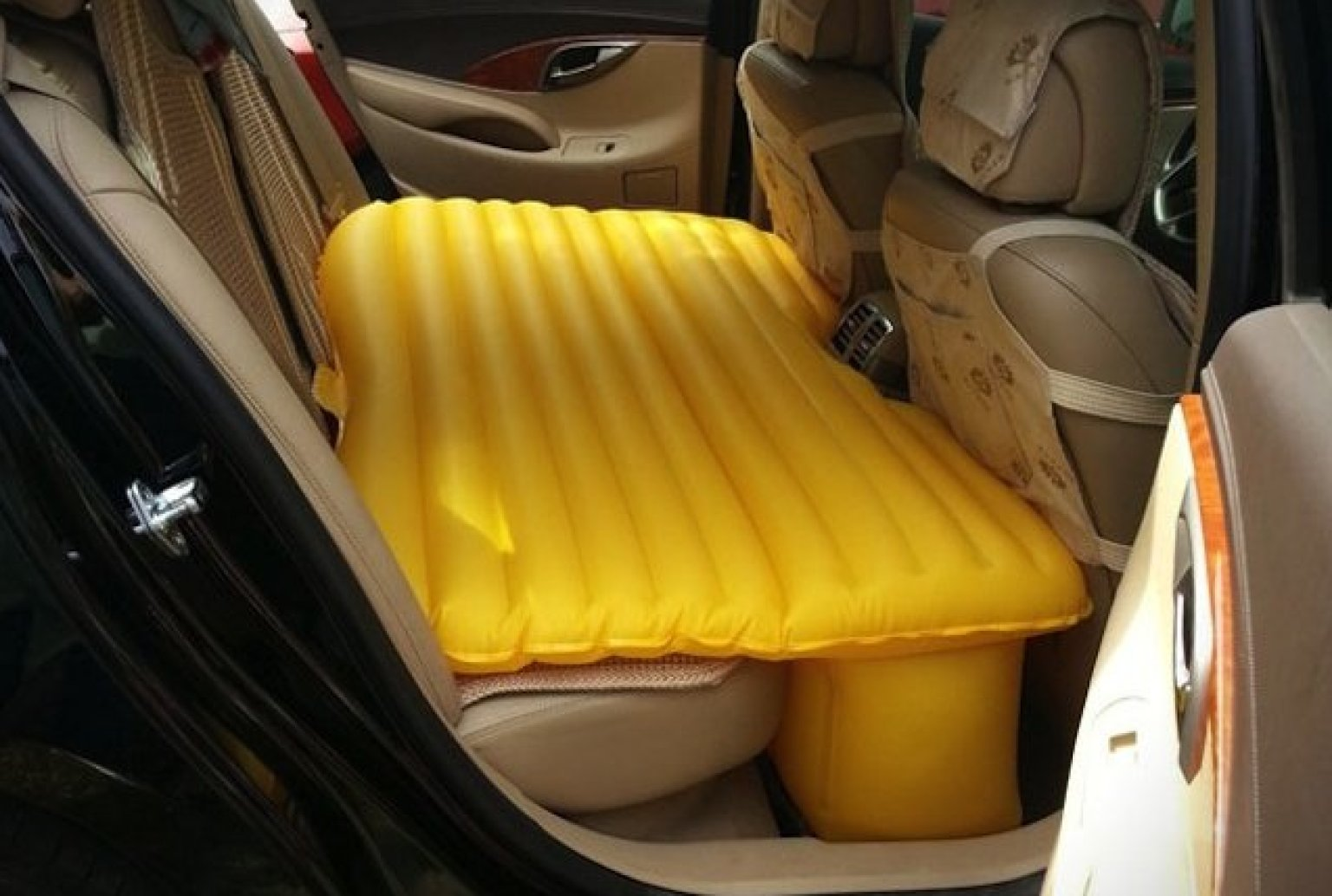 Fuloon Inflatable Car Mattress Turns Backseat Into Full Sized Bed