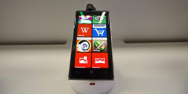 A Nokia Lumia 925 Windows Phone