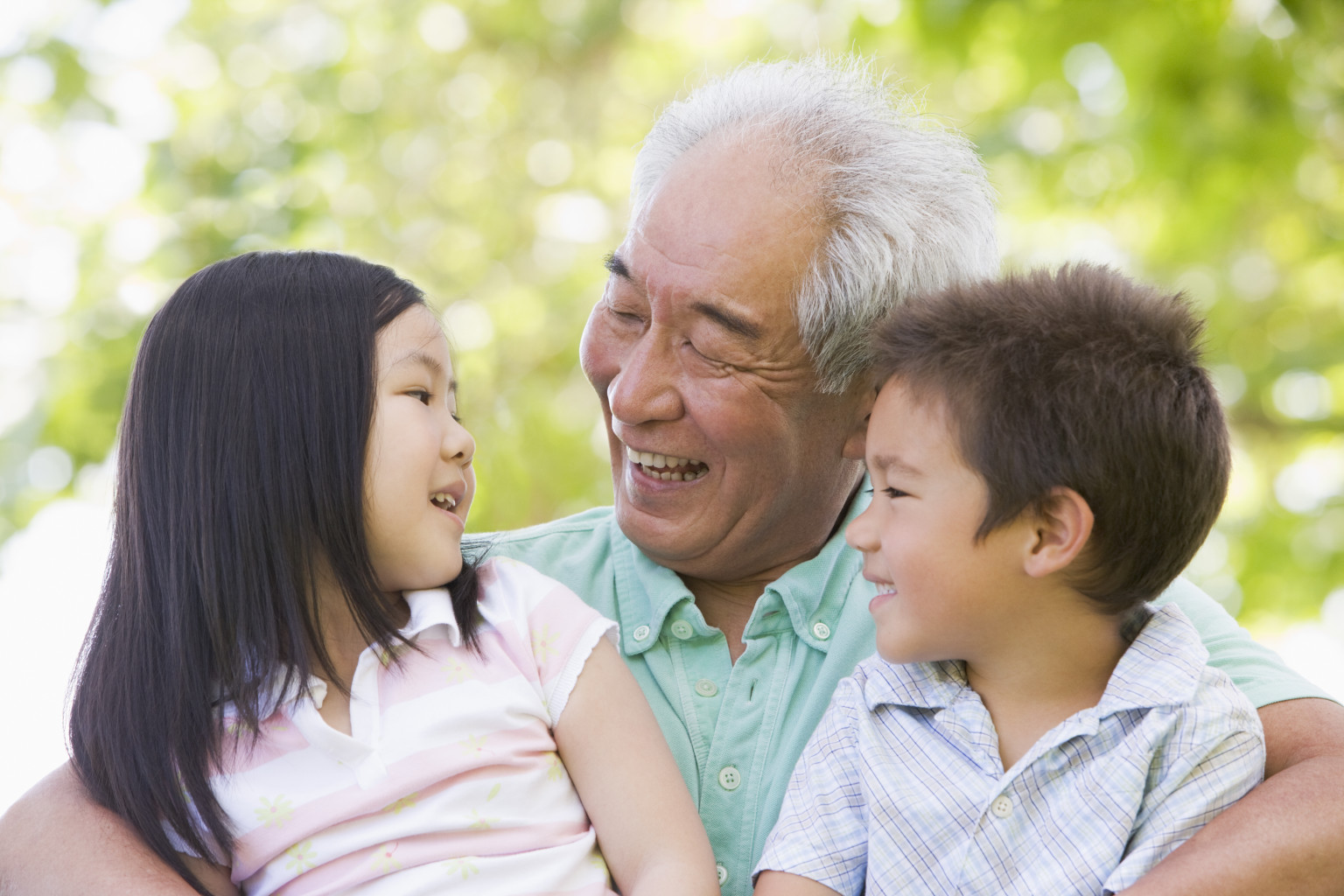 Pew Study: One In 10 Grandchildren Lives With Grandparents ...
