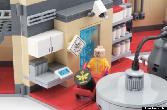 breaking bad toy crystal meth lab