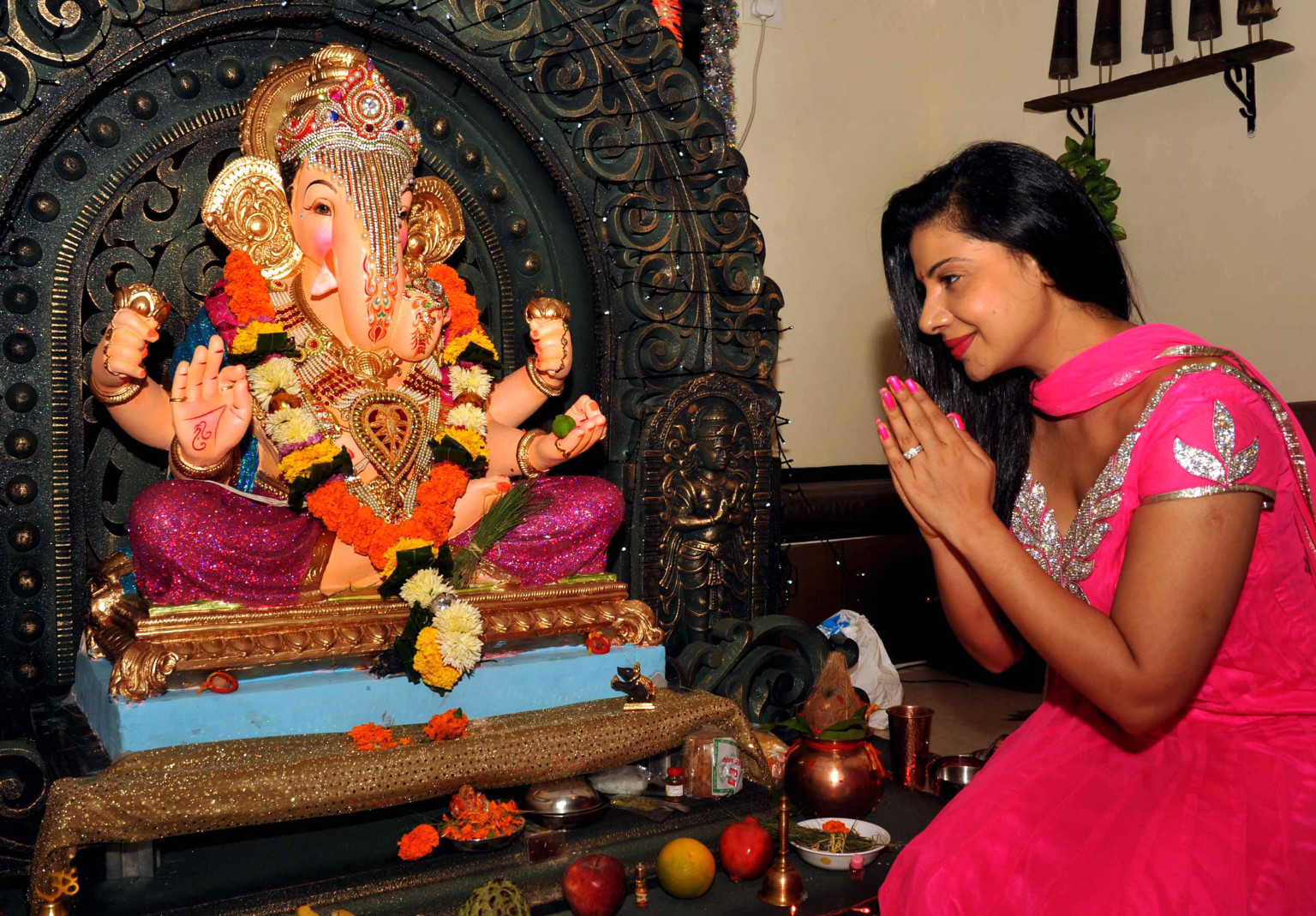 Ganesh Chaturthi 2013 Hindus Celebrate Birthday Of