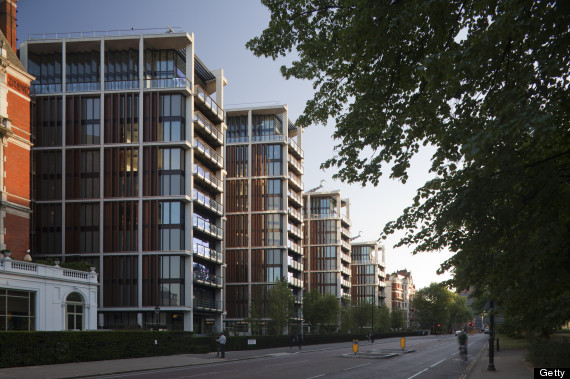 One Hyde Park London S Most Expensive Apartment Block Suffers First Repossession