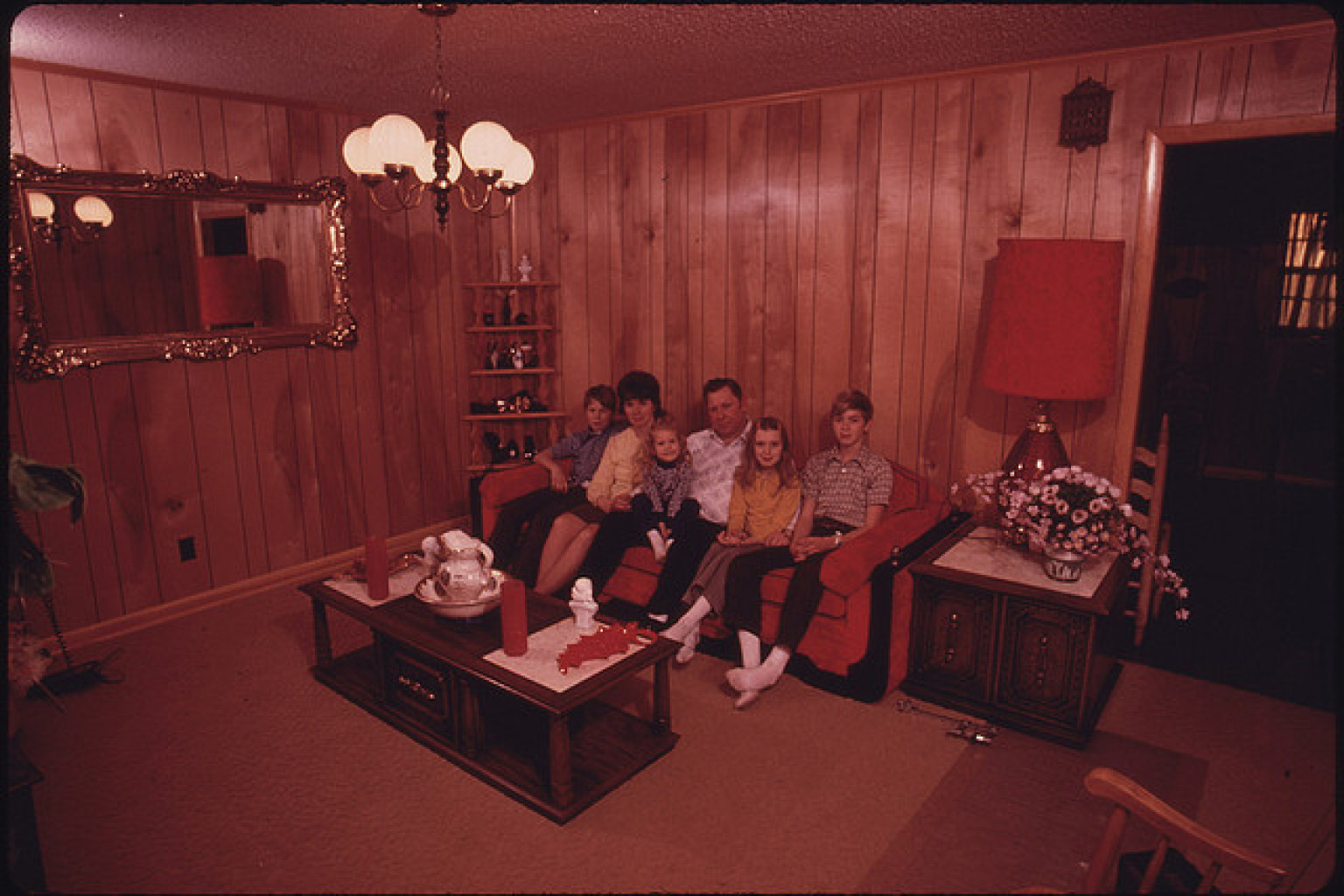 The 7 biggest design sins of decades past photos huffpost for Living room 80s