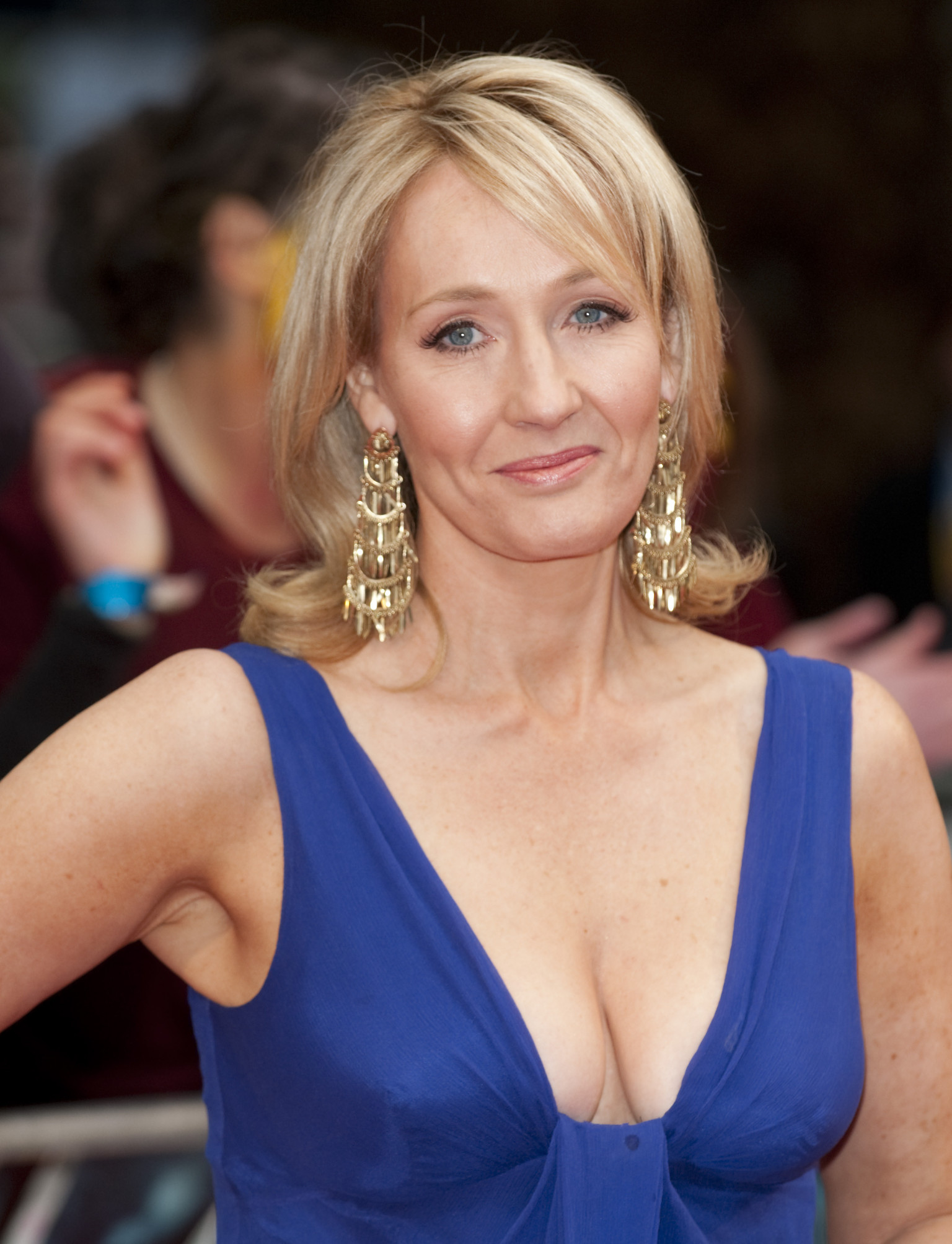 JK Rowling Announces Harry Potter Spin-Off Film 'Fantastic ...