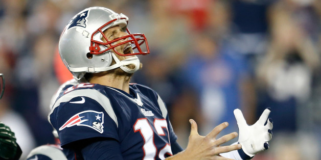 Tom Brady Throws Tantrum, Yells As Patriots' Wide Receivers Struggle Against Jets (VIDEO)