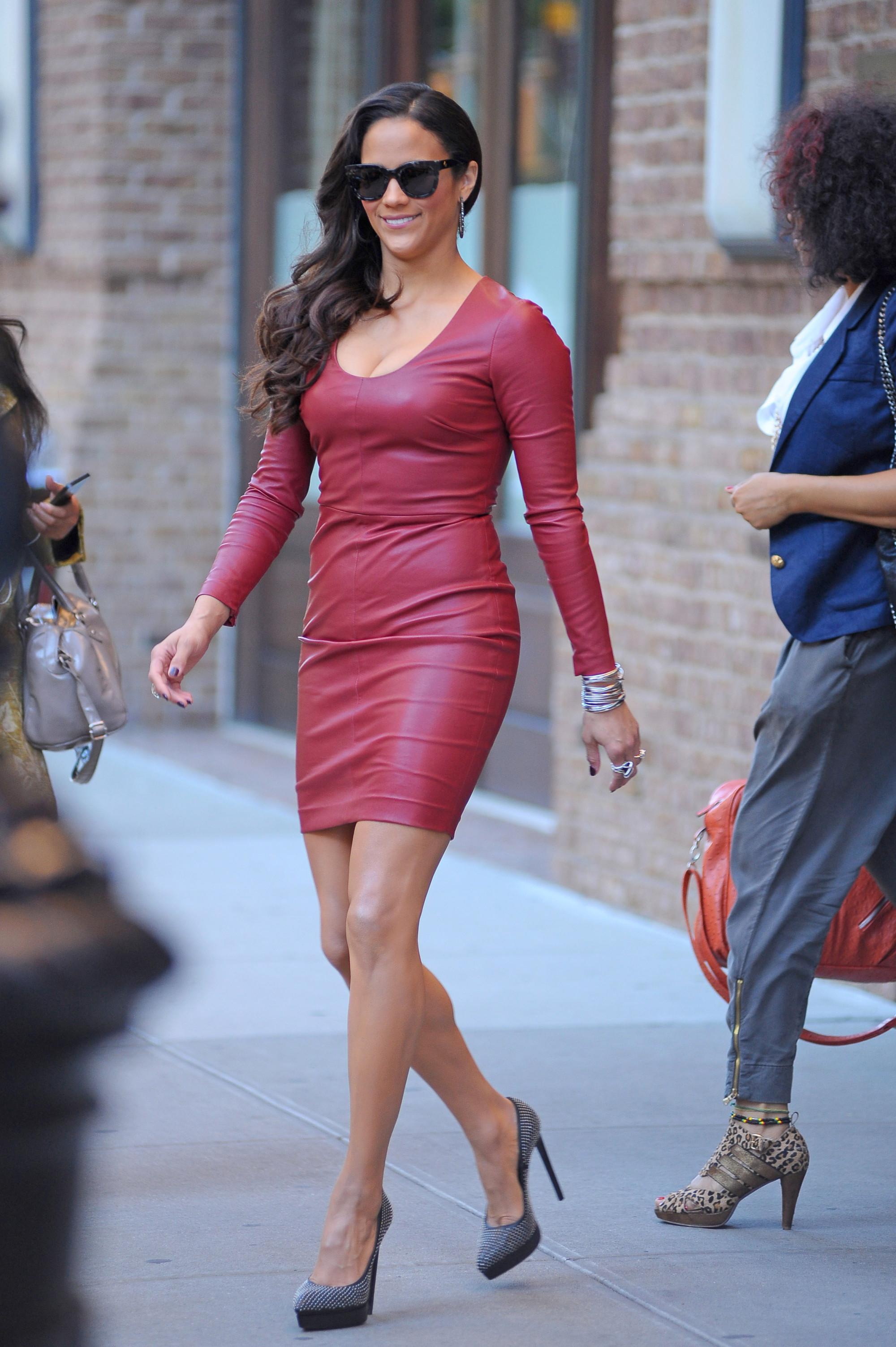 Paula Patton Rocks A Leather Dress In New York City  Huffpost-9925