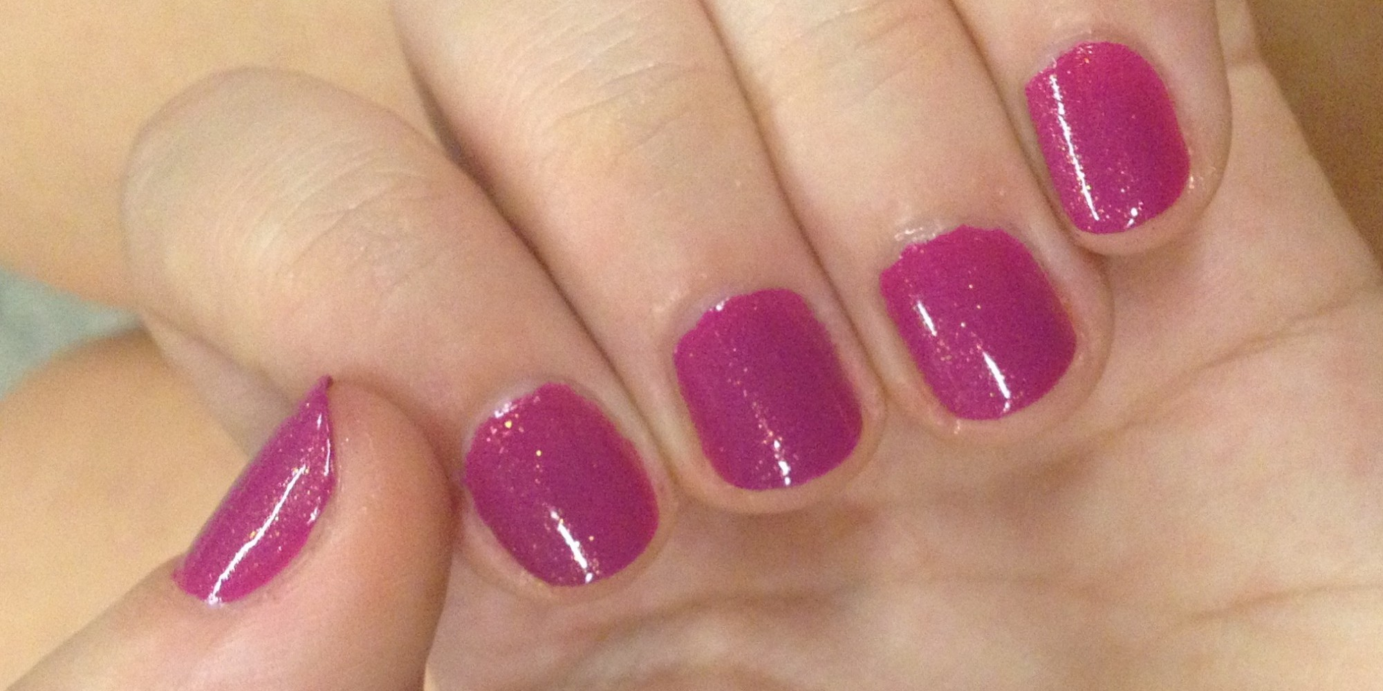 Salon manicures can you really do them yourself huffpost solutioingenieria Image collections