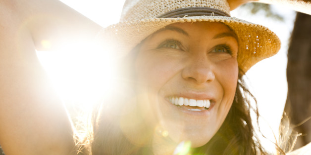 Sunshine & Happiness Study Links Time Outdoors To Improved Mood