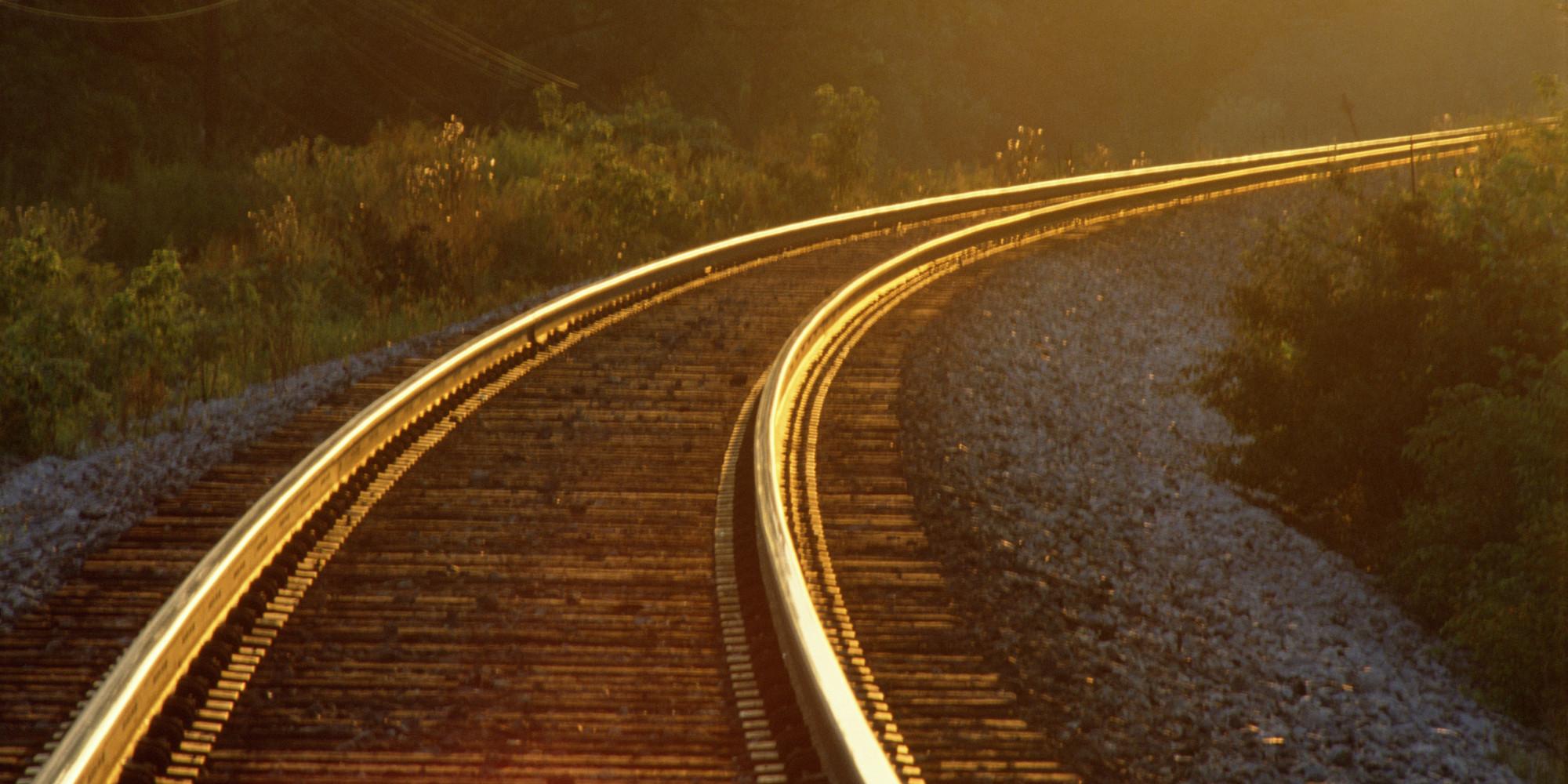 Railroad Tracks Free Stock Photo - Public Domain Pictures