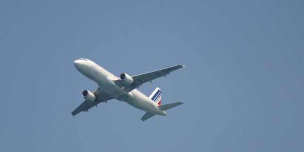 <HH--PHOTO--AIRPLANE--1385177--HH>