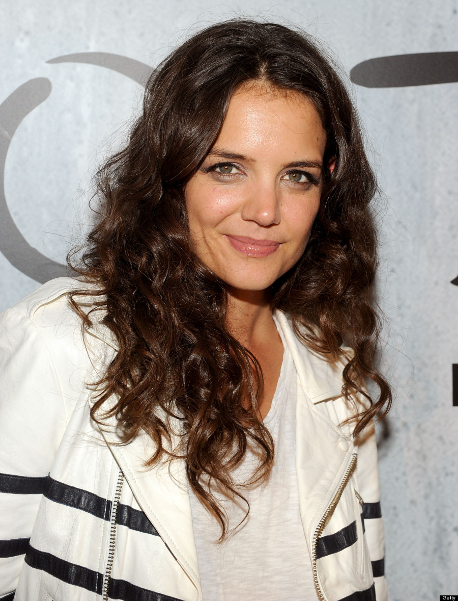 Katie Holmes Couldnt Cope With Short Haircut Huffpost Canada