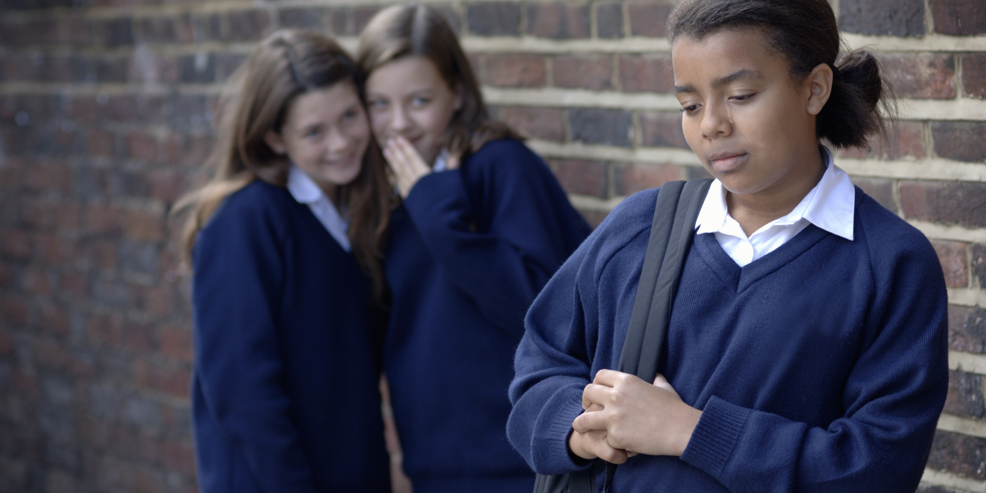 bullying and girls Parents and other adults can help girls beat bullying by teaching them how to stand up for themselves and their friends and by taking action themselves here are a few things to remember: encourage kids to be kind and to help others, particularly if they see someone being bullied.