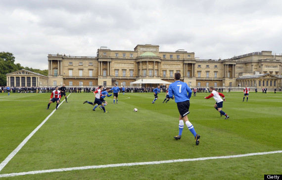 buckingham palace football