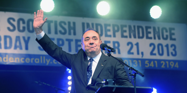 EDINBURGH, SCOTLAND - SEPTEMBER 21:  First Minister of Scotland Alex Salmond, addresses a rally of  pro-independence campaigners on September 21, 2013 in Edinburgh, Scotland. The rally is the second of three large marches held in the run up to next year's referendum for Scottish Independence.  (Photo by Jeff J Mitchell/Getty Images)