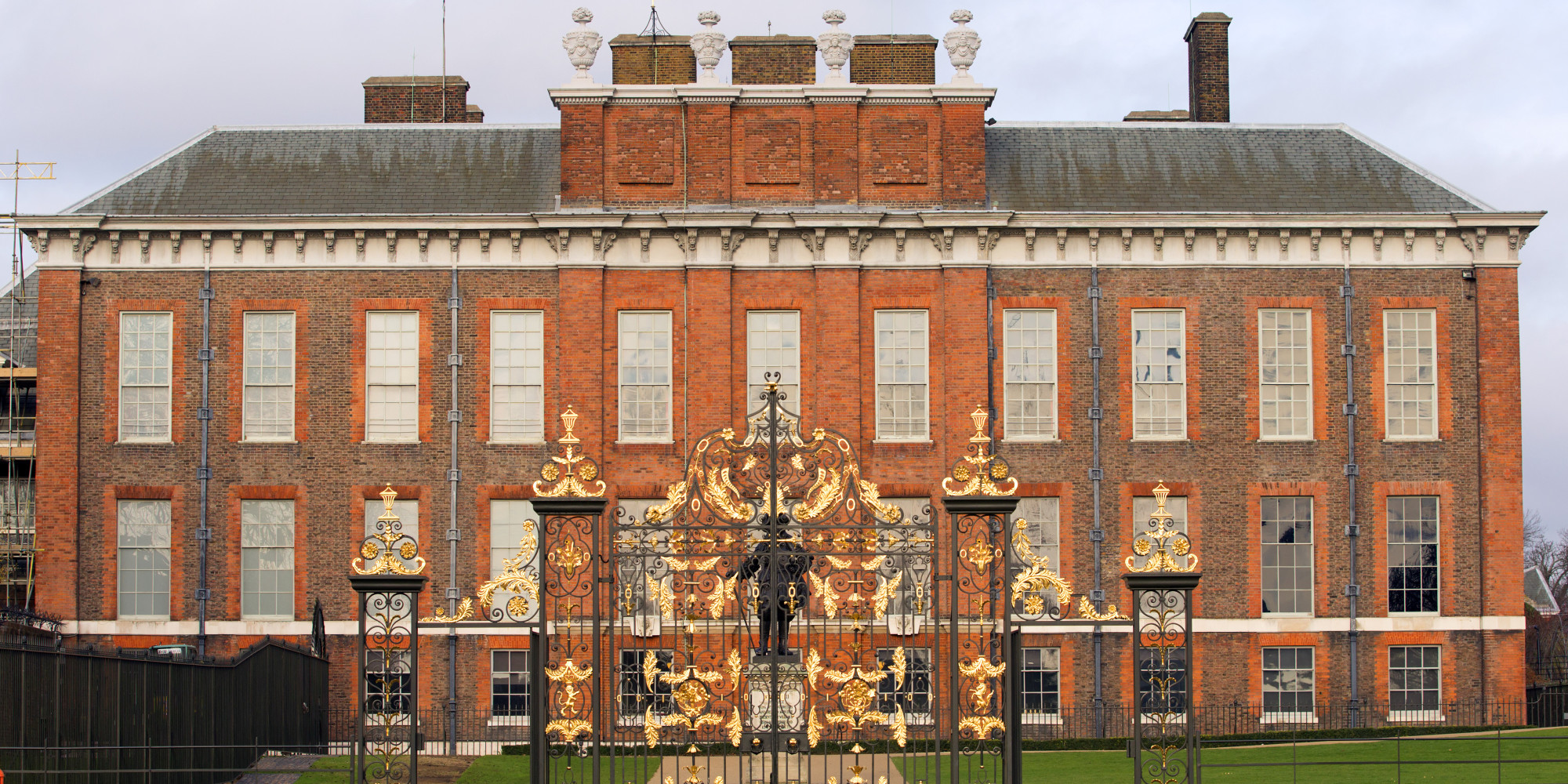 Prince William & Kate Middleton's Kensington Palace Home ...