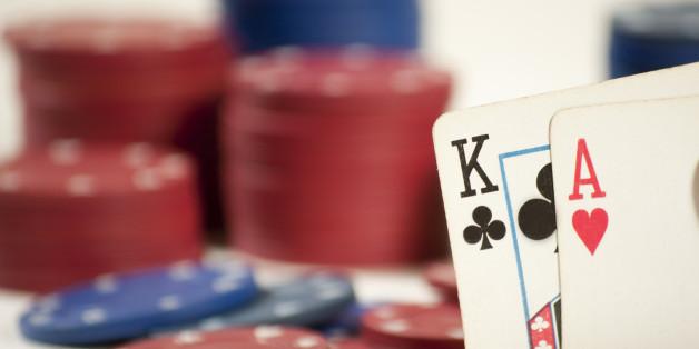 Koalitionsgespräche sind wie Pokern, sagt Poker-Ass Stephan Kalhamer. Und der muss es ja wissen