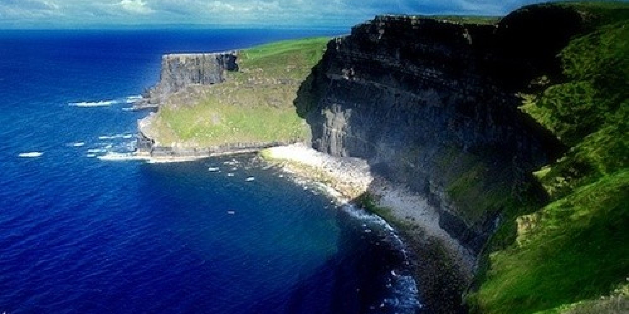ireland places visit scenery countryside cliffs travel amazing vacation moher villages country spots wild huffingtonpost coastal irlanda tourist beauties wonderful