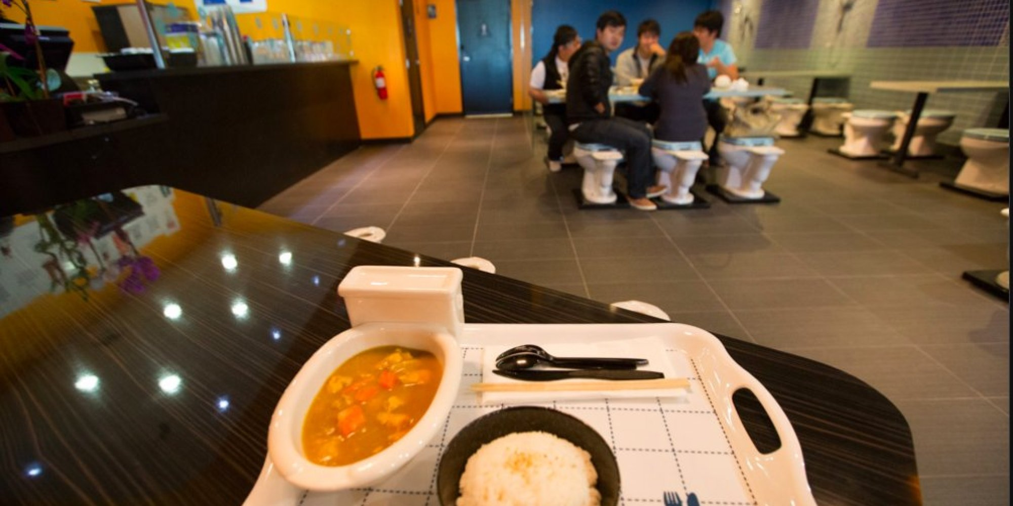 Magic Restroom Cafe Becomes Americas First Toilet Themed Restaurant PHOTOS