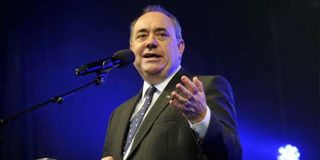 Scotland's First Minister Alex Salmond addresses Pro-independence supporters as they gather in Edinburgh on September 21, 2013.   Voting for Scottish independence is 'common sense', the leader of the movement to break away from the United Kingdom insisted a year to the day befor Scotland votes in a referendum.  AFP PHOTO/ANDY BUCHANAN        (Photo credit should read Andy Buchanan/AFP/Getty Images)