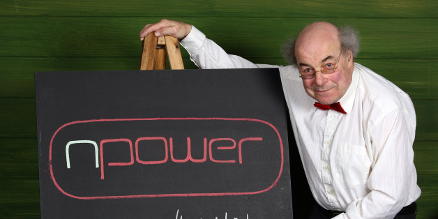 LONDON - APRIL 21:  Prof. Heinz Wolff explodes the myth that science is for geeks as he launches npower's Search for Britain's Bright Ideas - a quest for clever energy saving inventions at The Science Museum on April 21, 2009 in London.  (Photo by Gareth Cattermole/Getty Images For npower)
