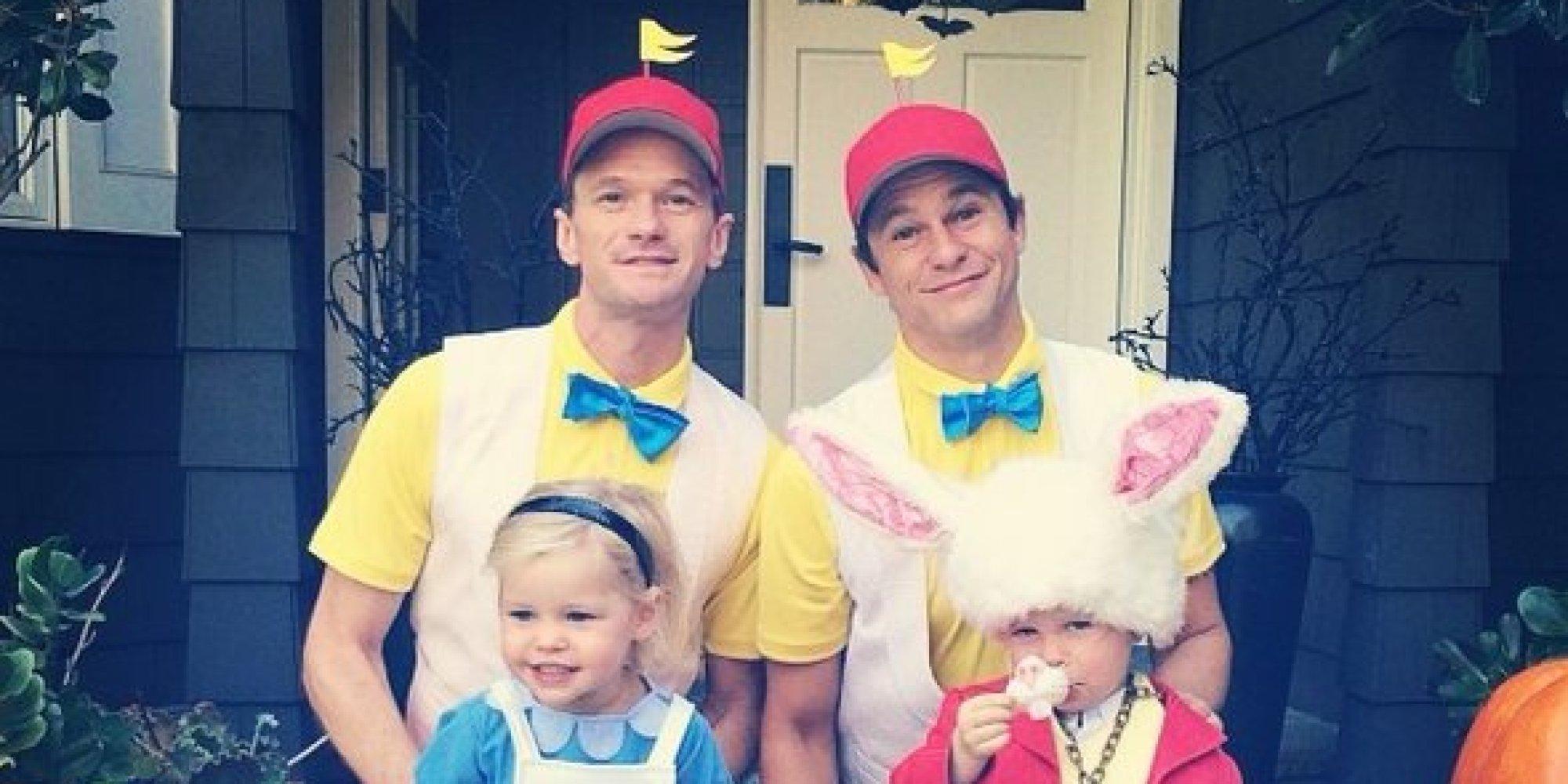 Alice In Wonderland Halloween Costume Family.Patrick Halloween Costume Straight Black Wig Pitstop Penny