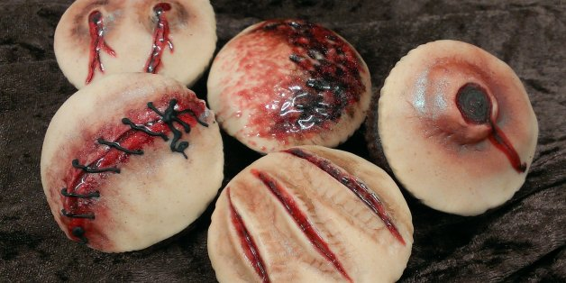 These Halloween Cakes Are As Disgusting Gross And Scary They Should Be