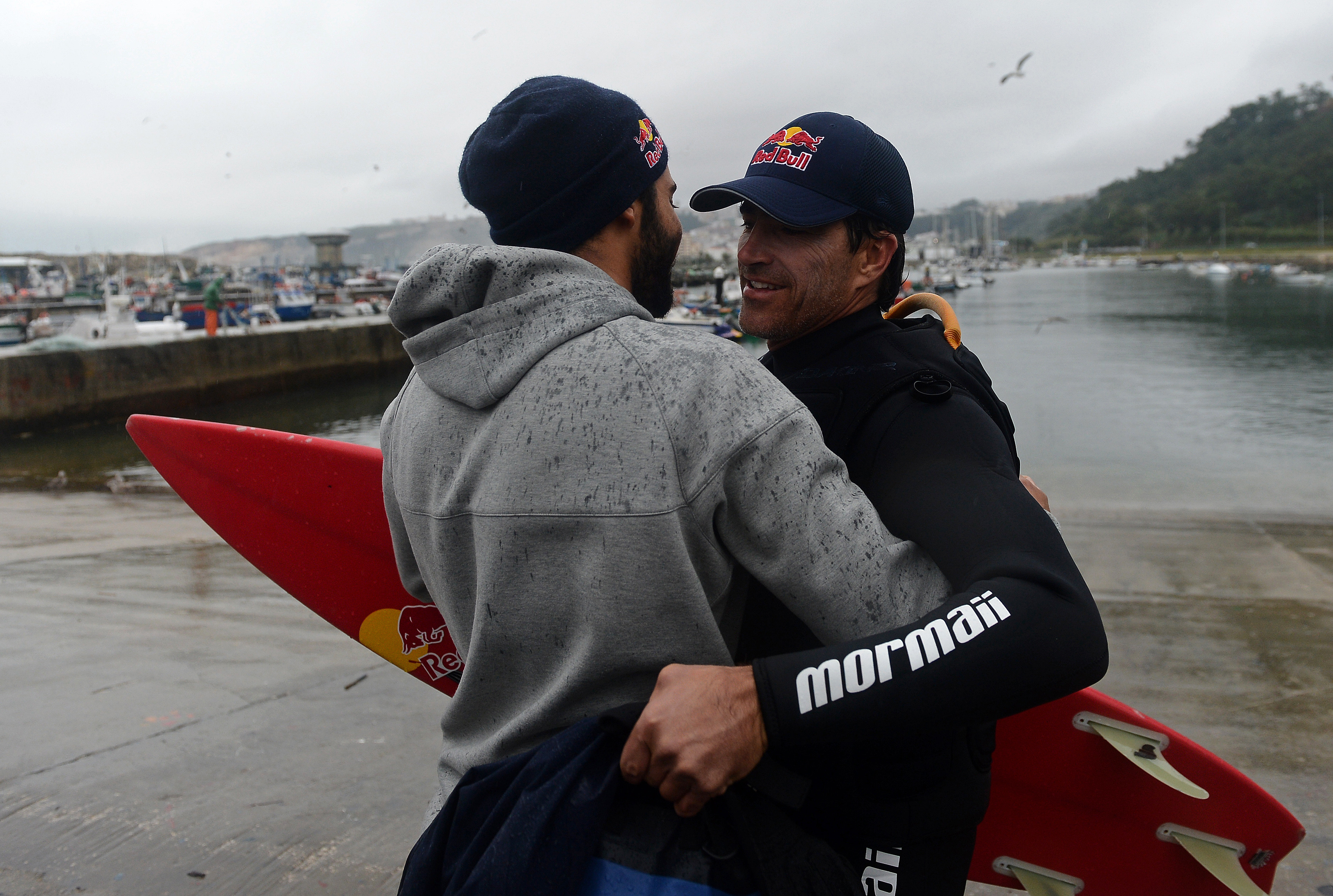 carlos burle surf