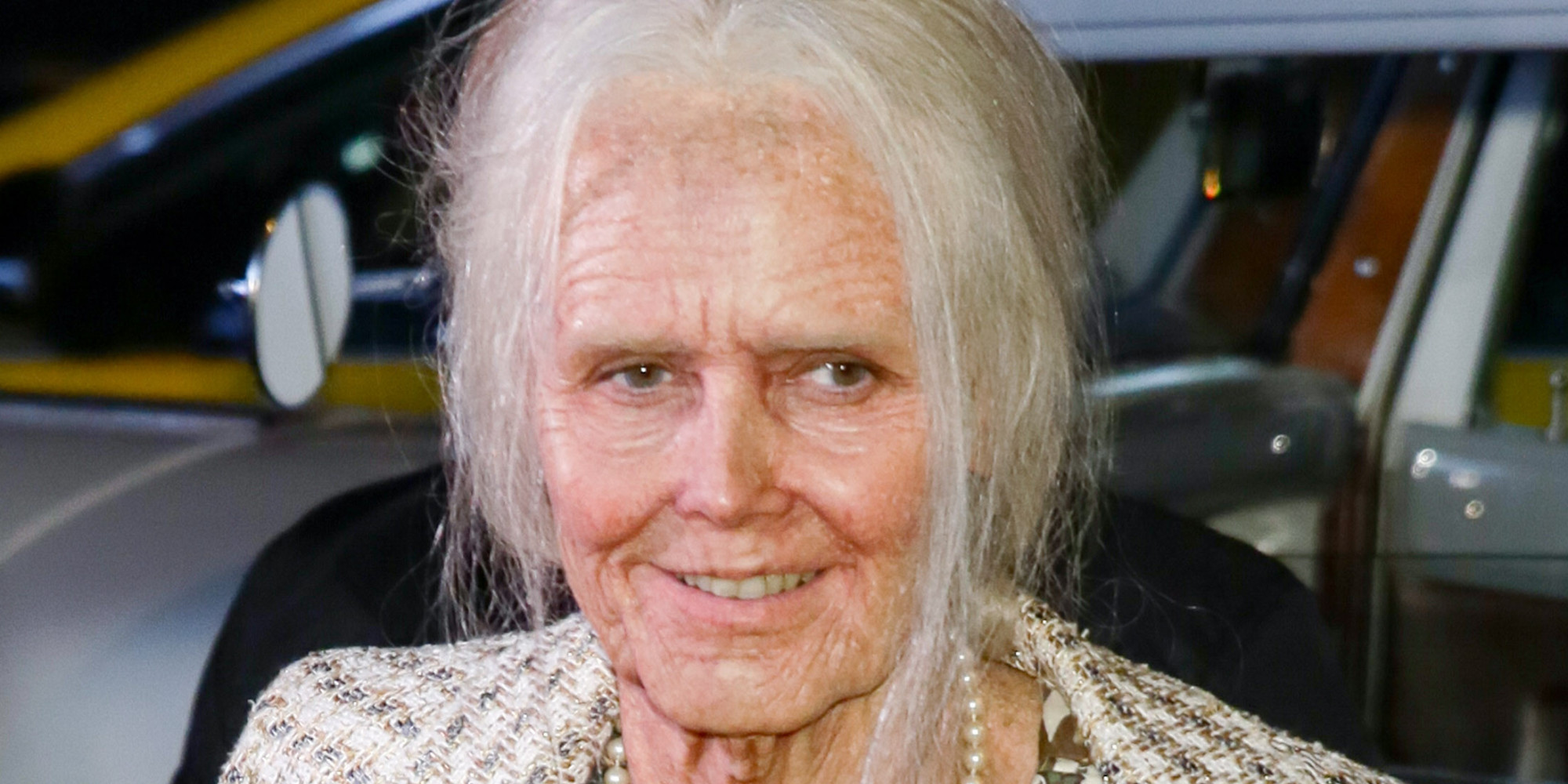 Heidi Klum Transforms Herself Into Old Lady For Annual Halloween ...
