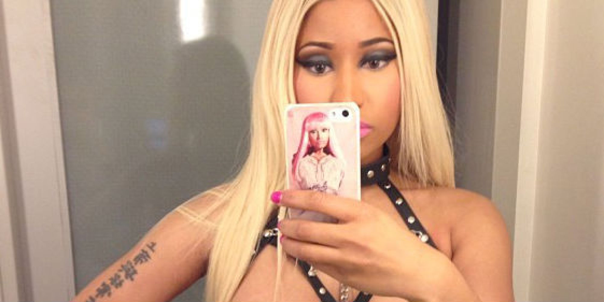 Nicki Minaj Wins Most-Naked Halloween Costume, Is -8398
