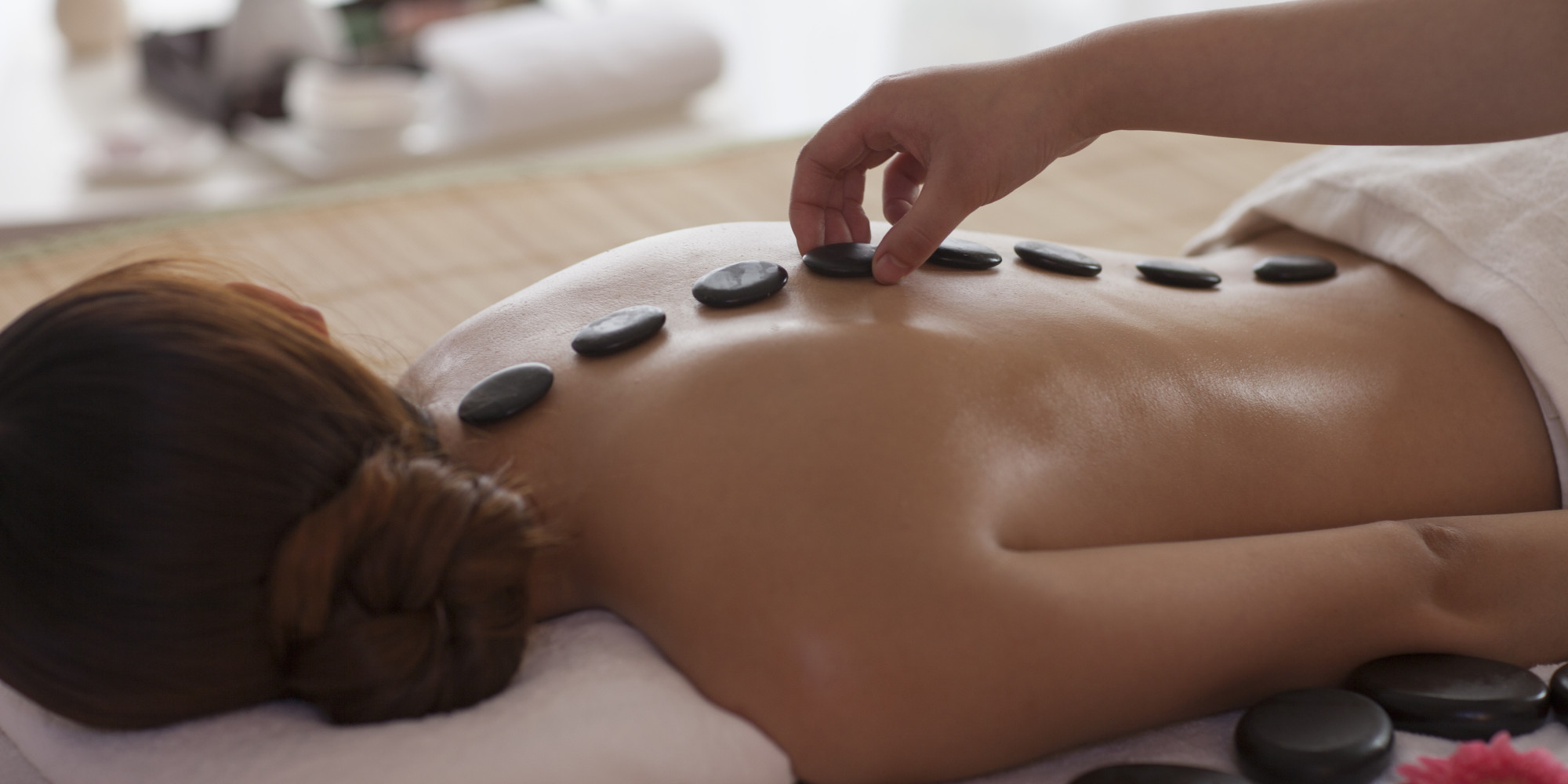 Does hot stone massage hurt-4510