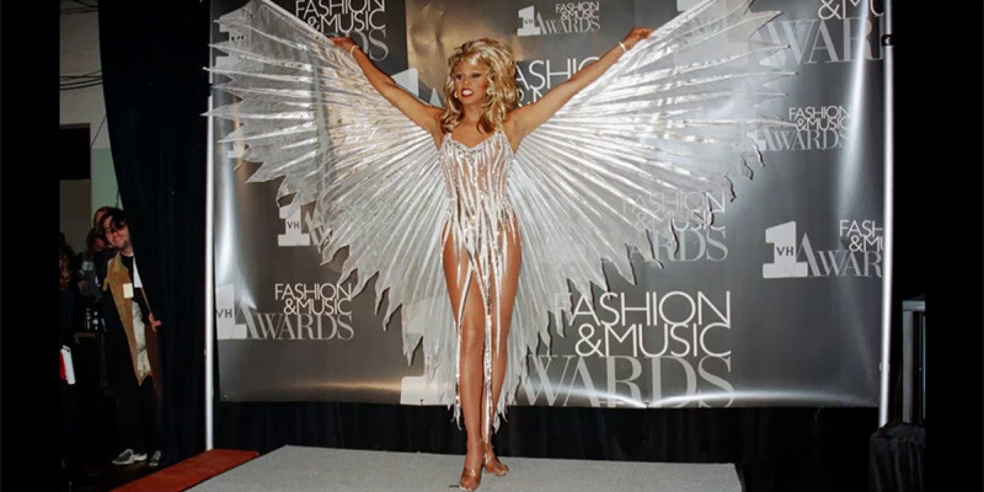 why rupaul changes clothes at least 3 times a day video huffpost. Black Bedroom Furniture Sets. Home Design Ideas