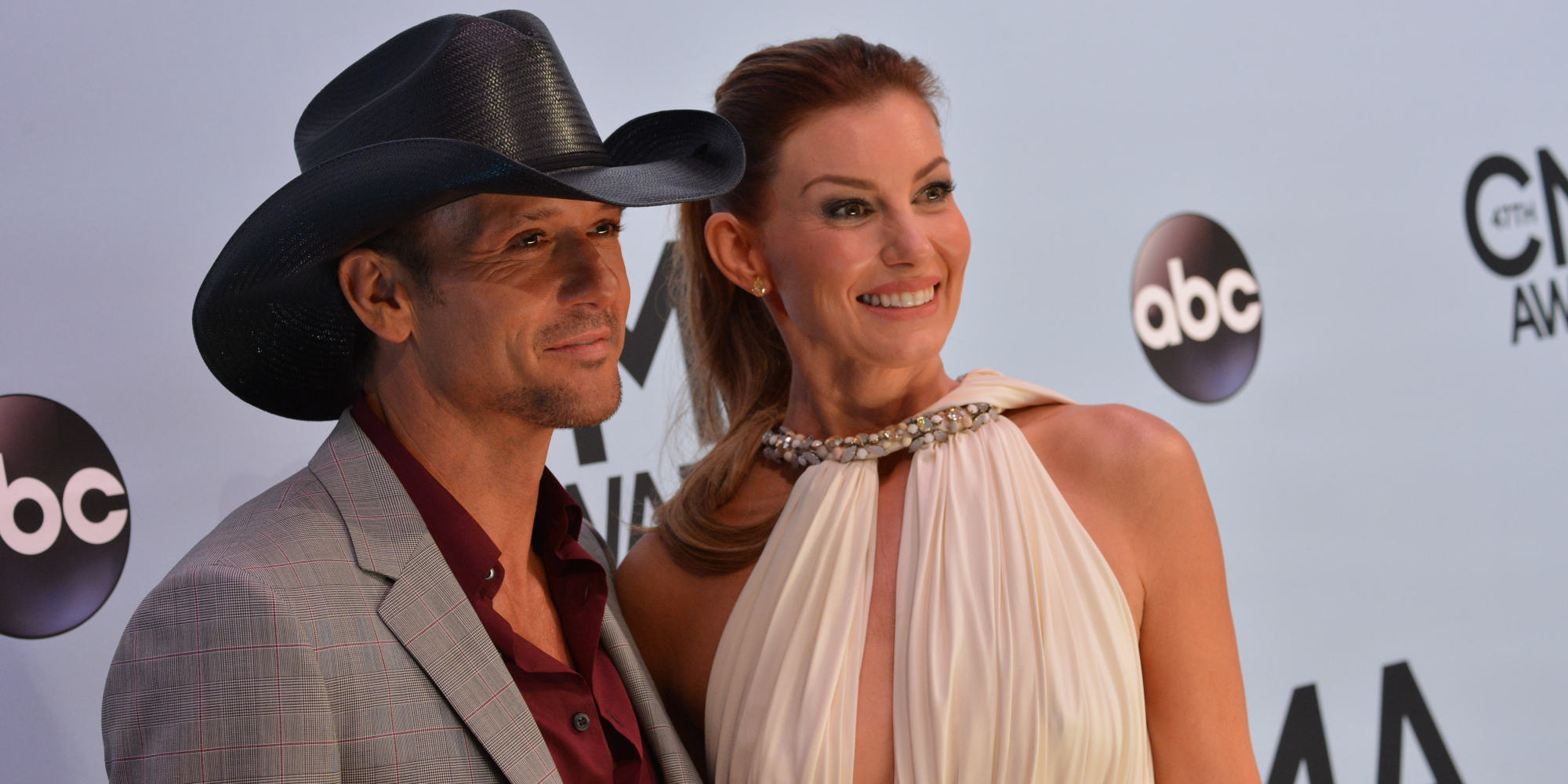 faith divorced singles Tim mcgraw and faith hill are one of country's  how did tim mcgraw and faith hill meet they were dating other  faith had just divorced daniel hill and tim was .