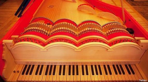 viola organista vinci