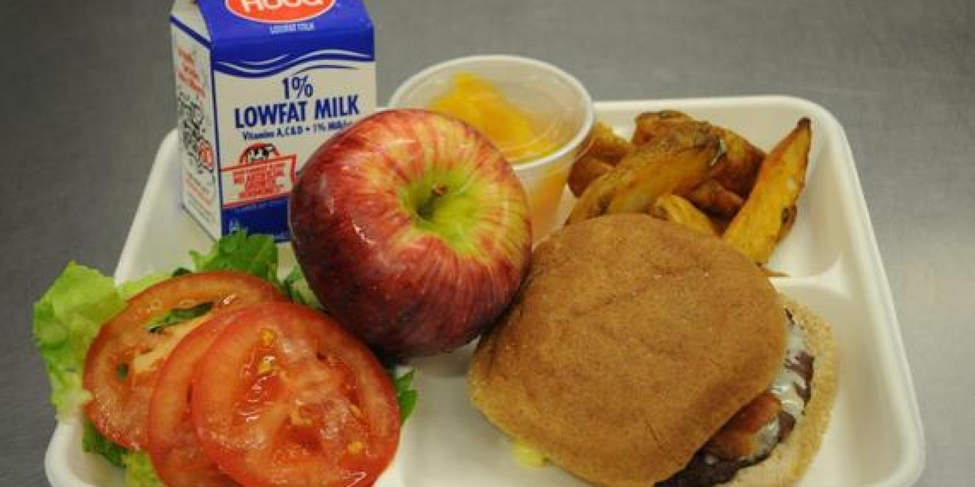 Parents Try School Lunches - YouTube