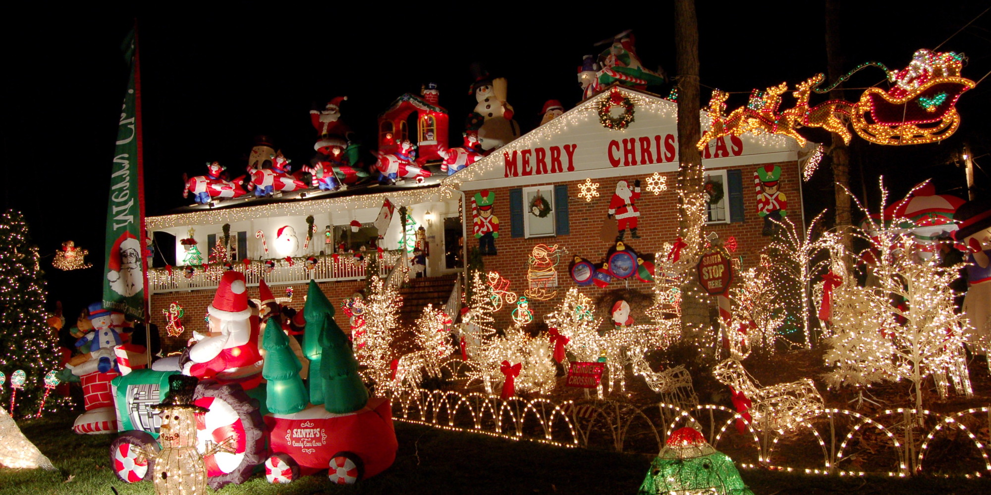 Pictures Of Christmas Decorations 9 Tacky Christmas Decorations That Will Ruin The Holidays  Huffpost