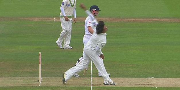 Mohammad Amir bowls his big no-ball at Lord's in 2010