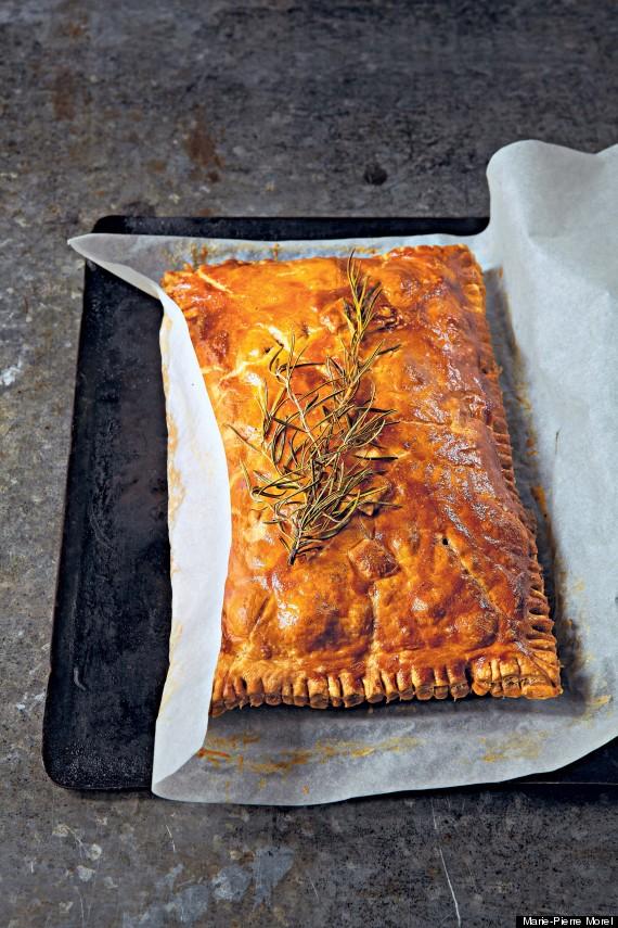 herbs and hazelnut pie